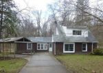 Foreclosed Home in GLADE ST, Hubbard, OH - 44425