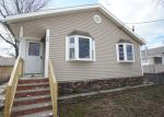 Foreclosed Home en TWILIGHT AVE, Keansburg, NJ - 07734