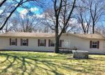 Foreclosed Home en N MCCOMB ST, Rich Hill, MO - 64779