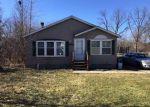 Foreclosed Home en MINNESOTA DR, Troy, MI - 48083