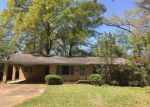 Foreclosed Home en JORDAN ST, Lexington, MS - 39095