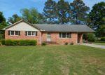 Foreclosed Home en STUART CIR, Farmville, NC - 27828