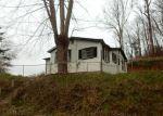 Foreclosed Home en DUTCH COVE RD, Canton, NC - 28716