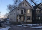 Foreclosed Home en S 21ST ST, Milwaukee, WI - 53215