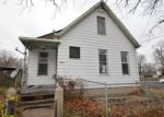 Foreclosed Home en SW JEFFERSON AVE, Peoria, IL - 61605