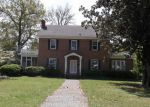 Foreclosed Home en W WADE ST, Wadesboro, NC - 28170