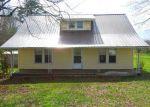 Foreclosed Home en DURHAM CIR, Summertown, TN - 38483