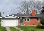 Foreclosed Home en COUNTY ROAD 1700 E, Carmi, IL - 62821