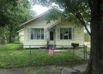 Foreclosed Home en ZOE ST, Houston, TX - 77020