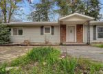 Foreclosed Home en GILES RD, Troy, MO - 63379
