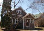 Foreclosed Home en SEMINARY AVE, Saint Paul, MN - 55104