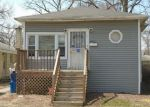 Foreclosed Home en S 21ST AVE, Maywood, IL - 60153