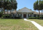 Foreclosed Home en MAGNOLIA TER, Fruitland Park, FL - 34731