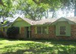 Foreclosed Home en CHOCTAW LN, Coosada, AL - 36020