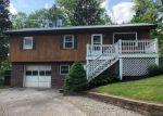 Foreclosed Home en TILBURY LN, Saint Albans, WV - 25177
