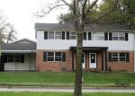 Foreclosed Home en W GLEN AVE, Peoria, IL - 61614