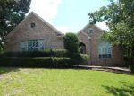 Foreclosed Home in BLUE HILL DR, Montgomery, TX - 77356