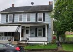 Foreclosed Home en W 1ST AVE, Parkesburg, PA - 19365