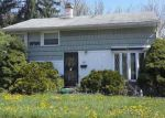 Foreclosed Home en KENILWORTH DR, Towson, MD - 21204
