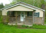 Foreclosed Home en BALTIMORE ST, Mannington, WV - 26582