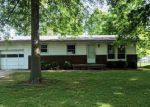 Foreclosed Home en 25TH ST, Highland, IL - 62249