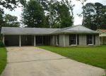 Foreclosed Home in OLEANDER DR, Shreveport, LA - 71118