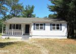 Foreclosed Home en S RIVER DR, Williamstown, NJ - 08094
