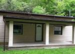 Foreclosed Home en SUGAR CREEK DR, Charleston, WV - 25387