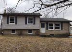Foreclosed Home en PINE TREE DR, New Haven, KY - 40051