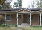 Foreclosed Home en E FREMONT AVE, Burlingame, KS - 66413