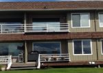Foreclosed Home en REDONDO BEACH DR S, Des Moines, WA - 98198