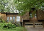Foreclosed Home en MAXANNE DR NW, Kennesaw, GA - 30144