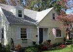 Foreclosed Home en GORHAM PL, Bristol, RI - 02809
