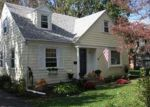 Foreclosed Home en GORHAM PL, Bristol, RI - 02809