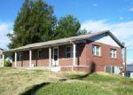 Foreclosed Home en LAKESHORE RD, Talbott, TN - 37877