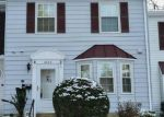 Foreclosed Home en SWEET OAK CT, Springfield, VA - 22152