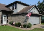 Foreclosed Home en BAYOU GLEN DR, La Porte, TX - 77571