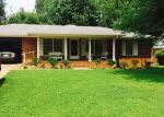 Foreclosed Home en N 29TH AVE, Humboldt, TN - 38343