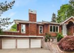 Foreclosed Home en NE 58TH ST, Kirkland, WA - 98033
