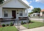 Foreclosed Home en GRACE AVE, Latonia, KY - 41015