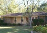 Foreclosed Home en JACKSON AVE, Carthage, TN - 37030