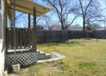 Foreclosed Home en NORTHINGTON ST, Burnet, TX - 78611