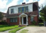 Foreclosed Home en ROSEWOOD ST, Houston, TX - 77004