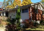 Foreclosed Home en LAKESIDE DR, New Windsor, NY - 12553