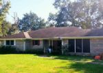 Foreclosed Home en OAKS END ST, Bridge City, TX - 77611