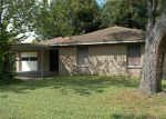 Foreclosed Home en KINGSDALE DR, Deer Park, TX - 77536