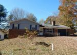 Foreclosed Home en CLOVER DR, Fletcher, NC - 28732