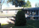 Foreclosed Home en SE 325TH CT, Auburn, WA - 98092