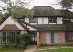 Foreclosed Home en CLOVER LANE CT, Houston, TX - 77066