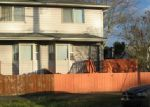 Foreclosed Home en WELLS AVE N, Renton, WA - 98057